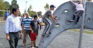 Osmangazi'de 'Her Köye Park' projesi hızla devam ediyor!