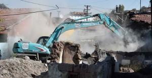 Ankara Hıdırlıktepe kentsel dönüşümde 200 bina yıkıldı!