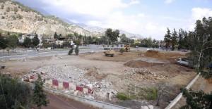 Antalya Döşemealtı'na kent meydanı ve kapalı pazar yeri!