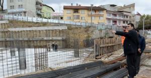 Osmangazi Demirtaş'ta meydan ve kültür merkezi çalışmaları hızla sürüyor!
