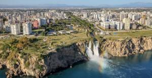 'Antalya'da son 6 ayda emlak fiyatları yüzde 10 düştü'!