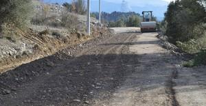Antalya Manavgat Değirmenözü'nde asfalt çalışması yapılıyor!