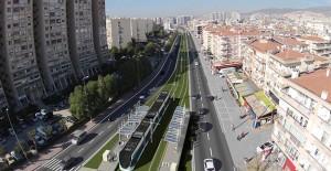 İzmir Karşıyaka Tramvay Hattı'na elektrik verildi!