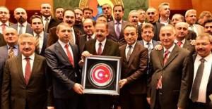 İzmir'in özel talepleri Özhaseki'ye iletildi!