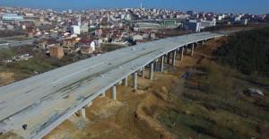 Arnavutköy'de viyadüklü çevre yol çalışması devam ediyor!
