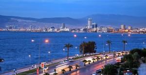 Çanakkale depremleri İzmir'de kentsel dönüşümü yeniden sorgulattı!