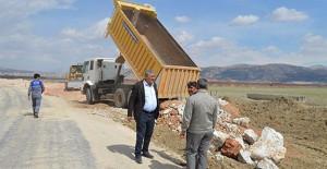 Antalya Belediyesi Pirhasanlar Mahallesinde yol çalışmalarına başladı!