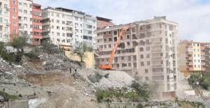 Gaziosmanpaşa kentsel dönüşüm projesinde yıkım işlemleri hızlandı!