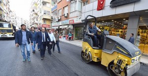 İzmir Belediyesi 1.5 milyon ton sıcak asfalt dökecek!
