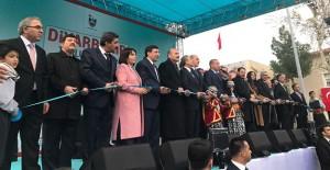 TOKİ Diyarbakır'da 2 milyar 285 milyon liralık projelerin açılışını yaptı!