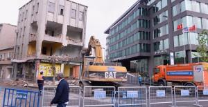 Üsküdar belediye önü meydan çalışmaları başladı!