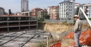 Başkan Öz Kartal'da yapımı devam eden projeleri inceledi!