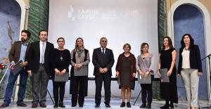 İzmir Belediyesi tarihi yapılarını koruyor!