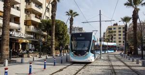 İzmir Karşıyaka tramvayı sosyal ve ekonomik yaşama canlılık katacak!