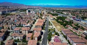 Malatya Belediyesi 3 caddede altyapı çalışmaları yaptı!