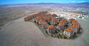 TOKİ Afyon Dinar'da 800 konutun ihalesini yaptı!