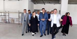 Bakan Tüfenkci 'Malatya Yazıhan Kültür Merkezi çalışmalarını inceledi'!