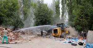 Ankara Çankaya'da 36 gecekondu yıkıldı!