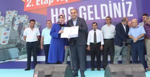 Arnavutköy Vefa Konutları'nda 2. Etabın tapuları hak sahiplerine dağıtıldı!