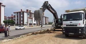 Düzce Camikebir Mahallesi'nde meydan düzenleme çalışmaları başladı!
