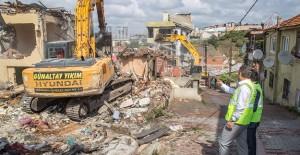 Gaziosmanpaşa kentsel dönüşümde depreme dayanıksız binalar yıkılıyor!