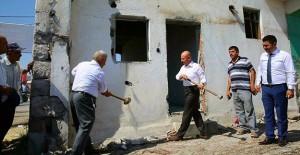Kocasinan Yunus Emre Mahallesi'nde dönüşüm için yıkımlar başladı!