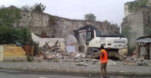 Trabzon Belediyesi kentsel dönüşüm kapsamında gecekonduları yıkıyor!