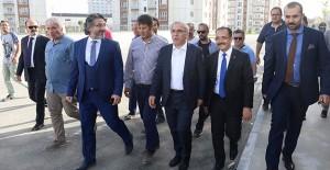 Başkan Turan, Uşak Tabakhane bölgesi kentsel dönüşüm projesini yerinde inceledi!