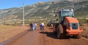 Antalya Susuz-İmecik mahalle yolu yenileniyor!
