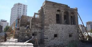 Kayseri Melikgazi'deki Filintanın Konağı onarılıyor!
