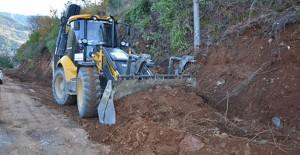 Antalya Büyükşehir Belediyesi yol genişletme çalışmaları başlattı!