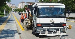 Ankara Büyükşehir Belediyesi'nden 6 bin km'lik yol çizgisi...