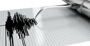 Balıkesir'de deprem! 3.5 ile sallandı...