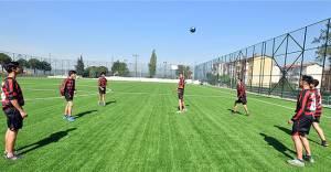 İzmir'de 13 yeni spor sahası inşa edilecek!