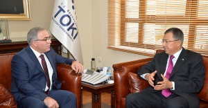 Kazakistan Cumhuriyeti Ankara Büyükelçisi, TOKİ Başkanı'nı ziyaret etti
