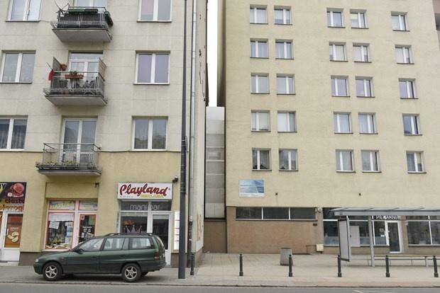 Polonya Varşova'da dünyanın en dar evi!