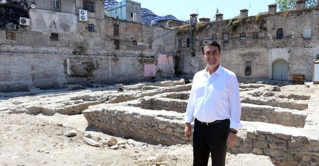 Bursa'da 15. yüzyıldan kalma İç Fidan Han yenileniyor!