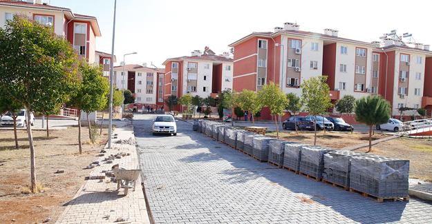 Döşemealtı'nda TOKİ'ye 2 bin 500 metrekare parke yol!