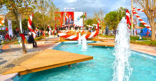 Torbalı Yazıbaşı Mahallesi kent meydanı açıldı!
