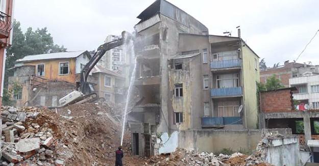 Çömlekçi 2. Etap Kentsel Dönüşüm projesinde 15 bina yıkıldı!