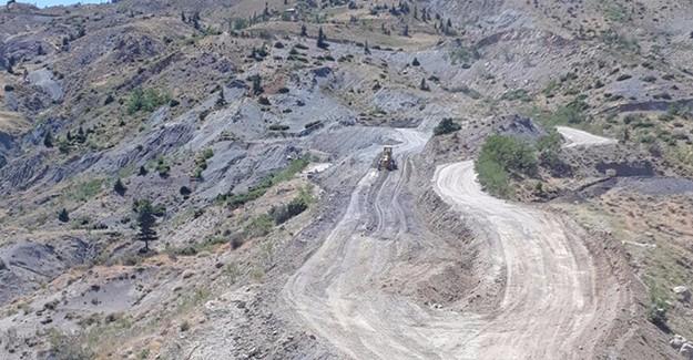 Kahramanmaraş Çağlayancerit'de yollar yenileniyor!