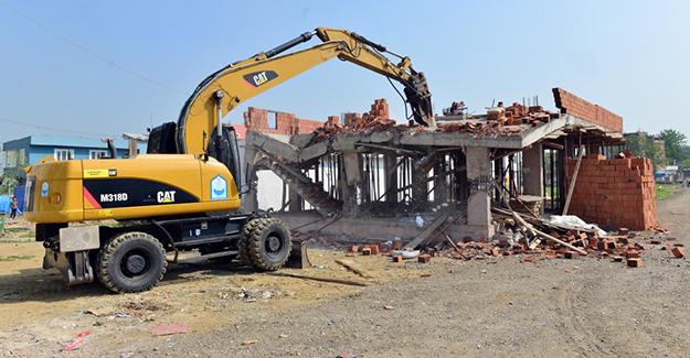 Yıldırım Belediyesi son ayda 4 ayda 36 kaçak yapıyı yıktı!
