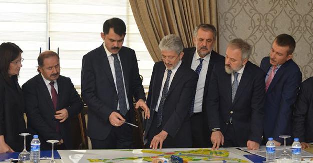 Ankara'da toplantıda kentsel dönüşüm, kentsel tasarım ve millet bahçeleri projeleri konuşuldu!
