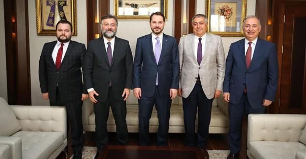 Bakan Berat Albayrak, inşaat sektörünün temsilcileriyle bir araya geldi!