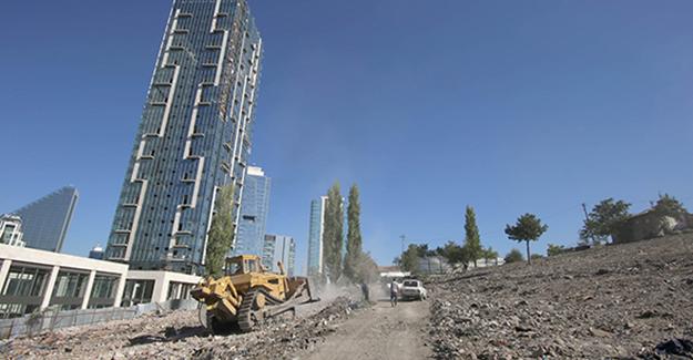 Çankaya Belediyesi gecekondu yıkım çalışmalarına devam ediyor!