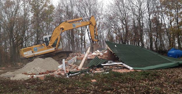 Silivri Belediyesi 23 kaçak yapının yıkımını gerçekleştirdi!