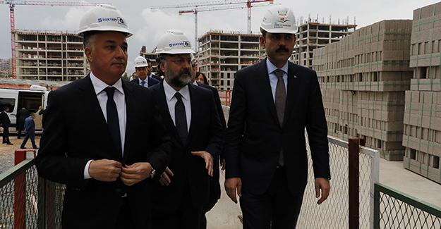 'Sur Yapı Antalya projesi tüm Türkiye'ye örnek bir şehircilik modeli'!