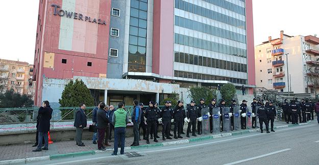 Bursa Tower Plaza'da yıkım için tahliye süreci başladı!