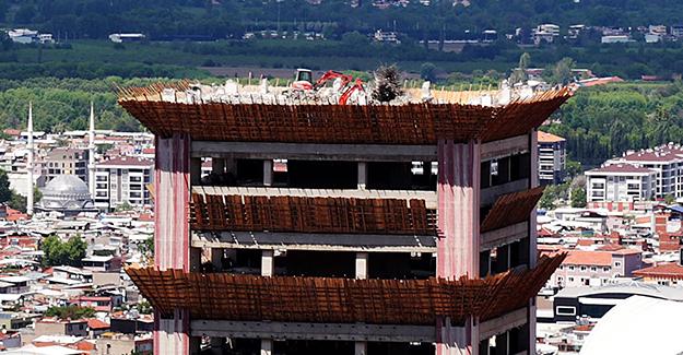 Bursa Tower Plaza'da yıkım çalışmaları sürüyor!