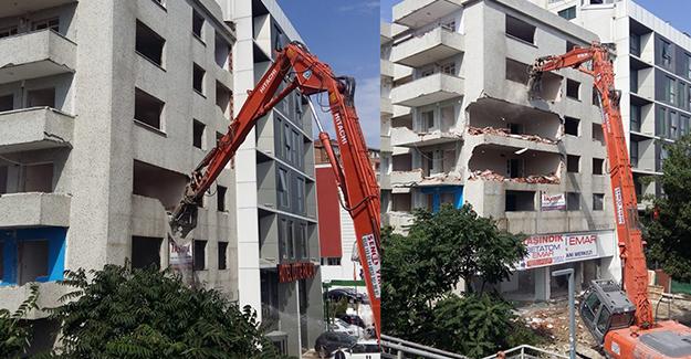 Avcılar Merkez Mahallesi kentsel dönüşüm projesi kapsamında yıkımlar başladı!